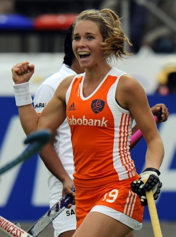 Ellen Hoog - Netherlands: Field Hockey Netherlands' Ellen Hoog celebrates after she scored the second goal during the field hockey Group A match for the Women World Cup 2010 in Rosario, Argentina, on 30 August 2010.