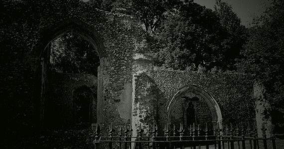 Minsden Chapel Hertfordshire is haunted by a ghost of a phantom monk, who makes his appearance on Halloween