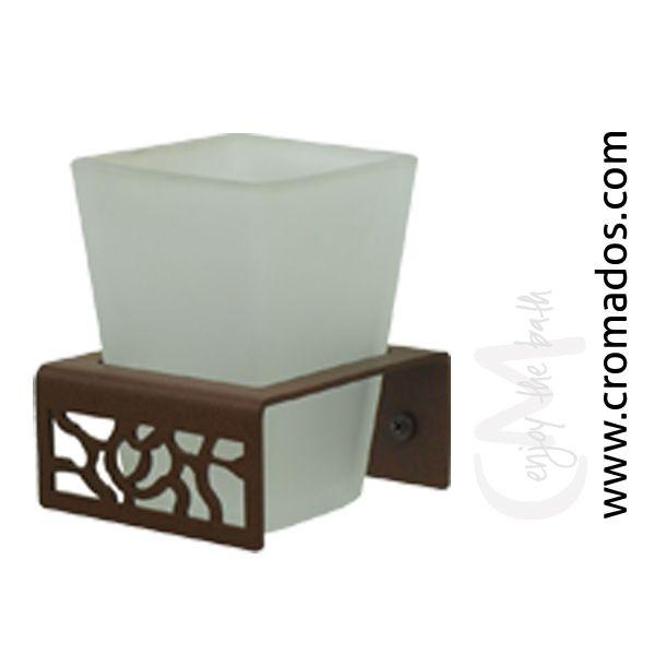 Portavasos ARD05 de la serie Art Decó de CM Baños. Medidas: 8x8x13. Acabado en marrón forja con opción a blanco texturizado y negro forja. Estilo art decó rústico.
