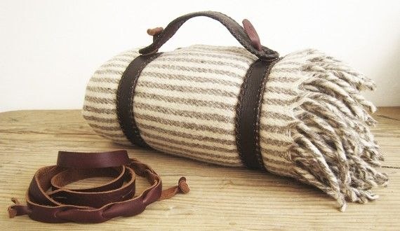 blanket: Picnics Blankets, Marine, Perfect Picnics, Hands Woven, Soft Tans, Blankets Holders, Blankets Straps, Love Quotes, Tans Leather