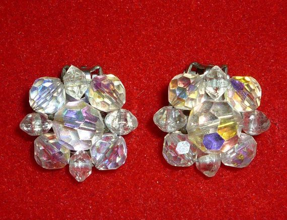 Vintage Cluster Sparkles Glass Beads Irredescent Clip On Earrings No Stone #Cluster