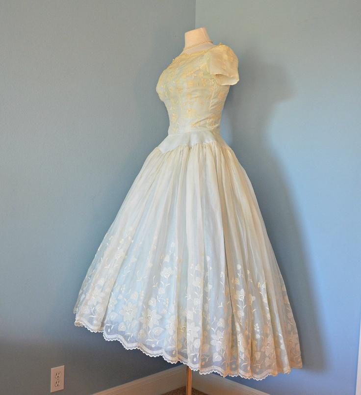 The 48 best Short Wedding Dresses images on Pinterest   Short ...