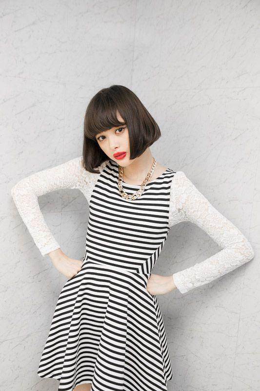 玉城ティナの素顔がチラリ「H&M FASHION ADVISOR」の舞台裏に潜入   Fashionsnap.com