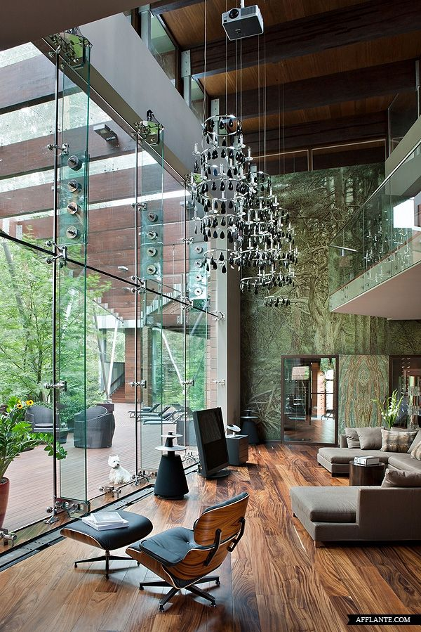 Architect Olga Freiman completed the design for