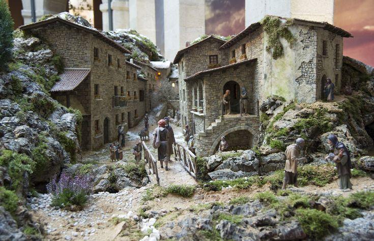 Un belén que recrea paisajes españoles, en la Real Casa de Correos de Madrid.