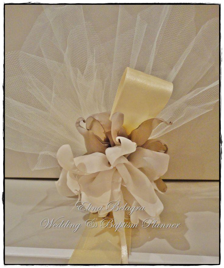 wedding#gifts#pearl#llove#gamos#wedding#chicwedding#romantic#wedding#fabric#flowers#romance#vintagewedding#vintage#handmade#weddingplanner#elinabelagra#www.elinabelagra.gr Μπομπονιέρα γάμου πουγκί από ύφασμα, λουλούδια υφασμάτινα