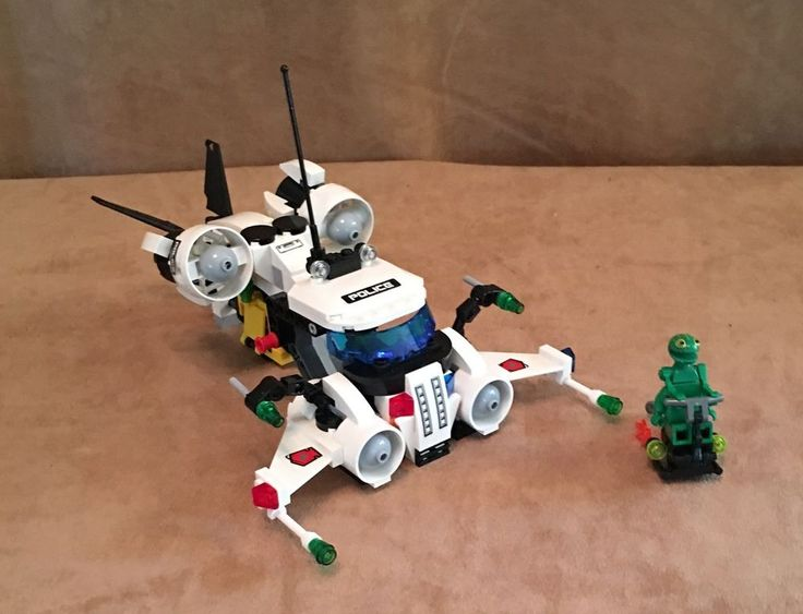 5971 Lego Space Police 3 Gold Heist complete alien minifig #LEGO
