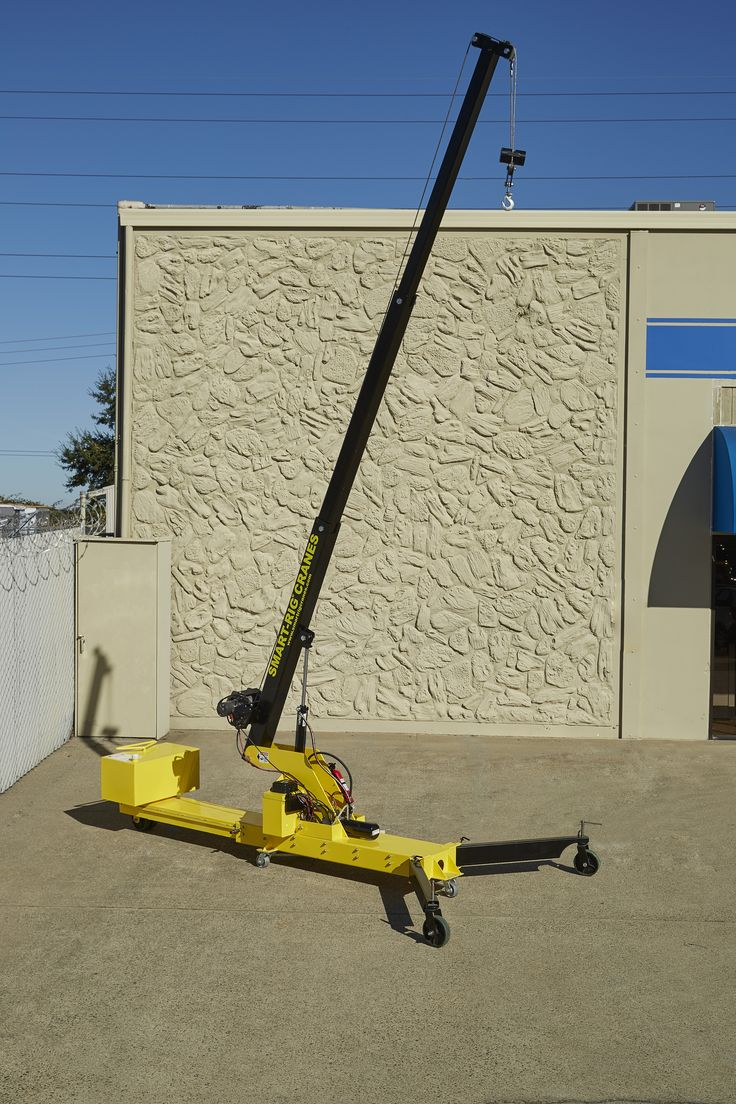 S1 Model mini crane. 18 ft. hook height.
