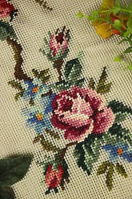 Beautiful-Vintage-Chic-Handmade-Petit-Point-Needlepoint-Canvas-3