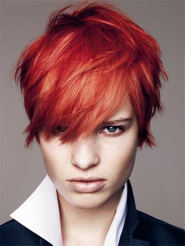 Frisyrer hår trende inför 2012 av Schwarzkopf  kort frisyr med röd hårfärg