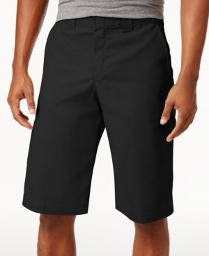 When it comes to hard work these Flex shorts from Dickies are the perfect choice. Crafted in durable moisture-wicking twill with a stretch design, these shorts help keep you comfortable and dry throug