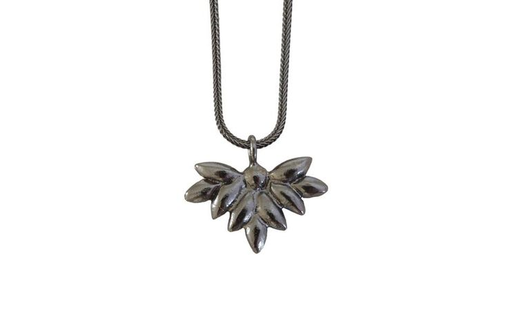 Foliage necklace; Material: sterling silver, oxidized
