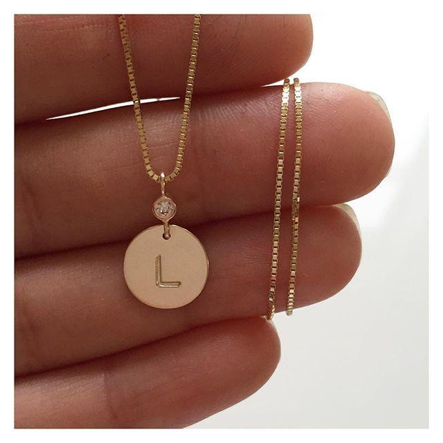 Pientä ja sievää pienelle ja sievälle  #kastelahja #christeninggift #gold #diamond #pendant #handmadejewelry #finnishdesign #oonaarmiajewelry