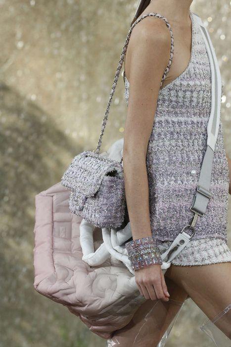 c6e09379cbed3e Chanel Purple Tweed Classic Flap and Chanel Doudoune Messenger Bag 2 - Spring  2018. Chanel, Primavera/Verano 2018, París, Womenswear