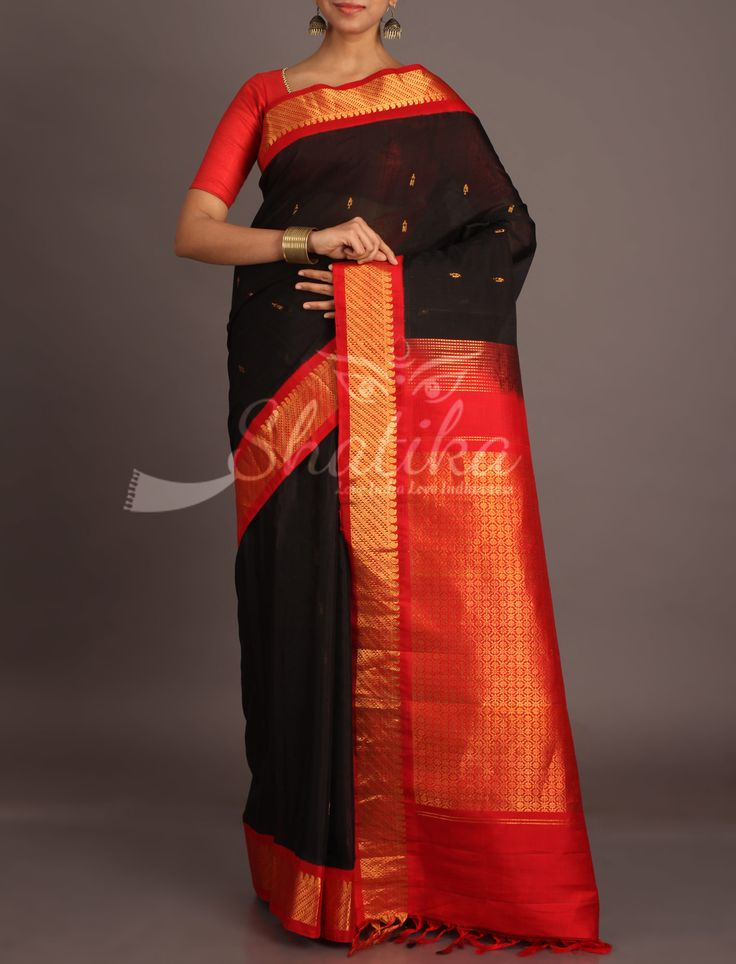 Samana Black With Gold Bootis Contrast With Intricate Gold Ornate Pure Gadwal Silk Cotton Saree