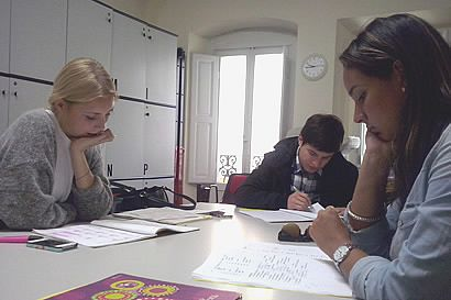 Students in a combined Italian language course at Parola school