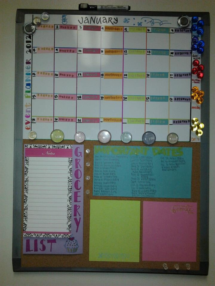 Diy Calendar Organizer : Diy hanging calendar organizer with markerboard and note