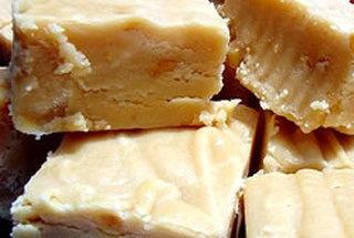 World's Best Peanut Butter Fudge    http://punchfork.com/recipe/Worlds-Best-Peanut-Butter-Fudge-Allrecipes