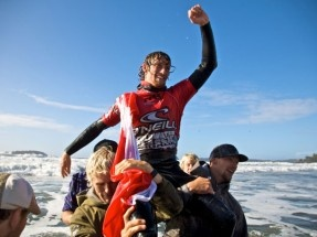 Local Boy Peter Devries Wins O'Neill Cold Water Classic Canada