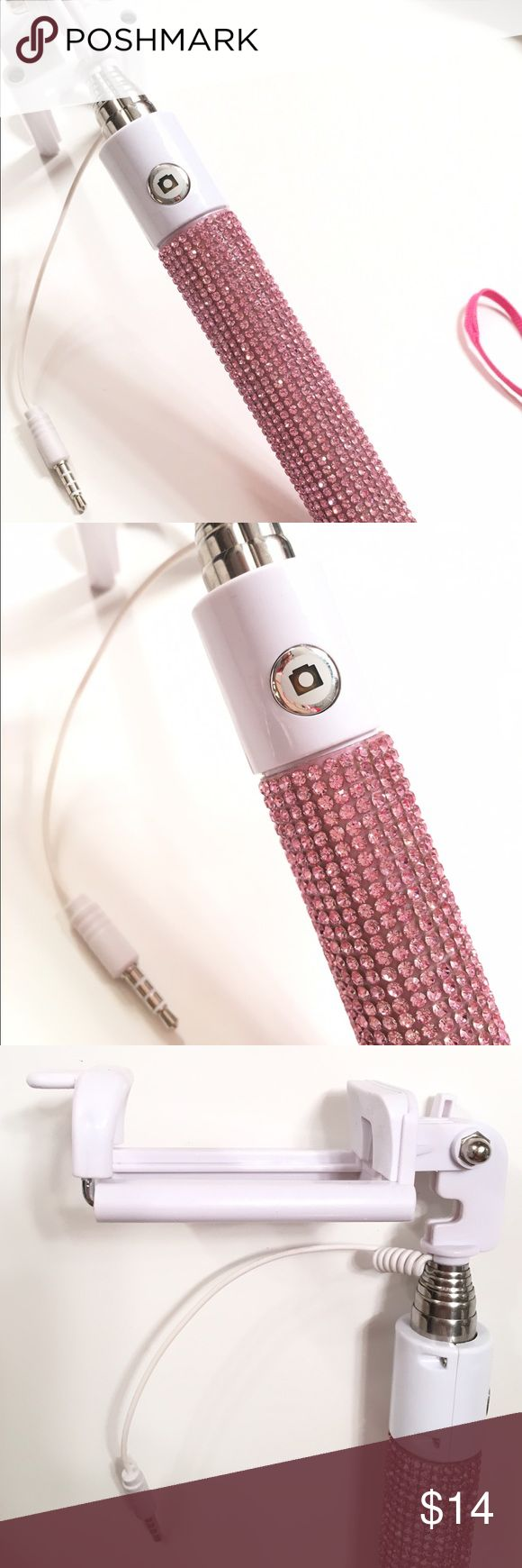 Rhinestone Selfie Stick Brand new never used Large selfie stick. Full extends about 3 feet. No rhinestones missing or scratching anywhere. In perfect working order. Make an offer! Other