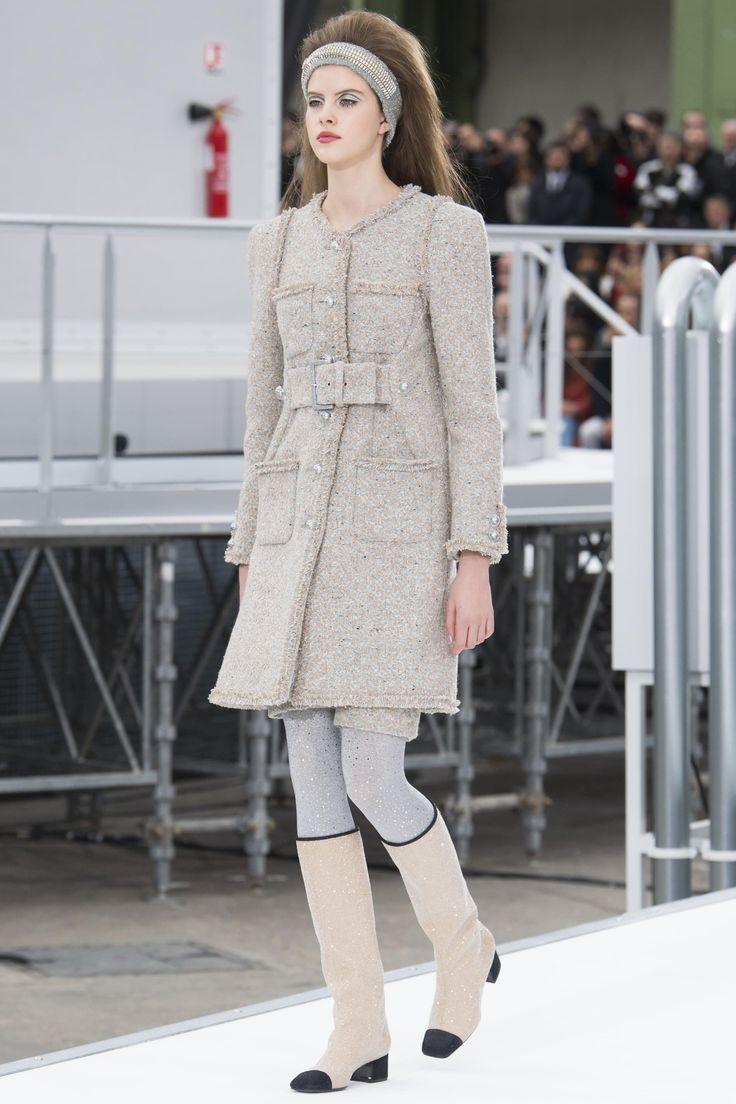 Défilé Chanel prêt-à-porter femme automne-hiver 2017-2018 32