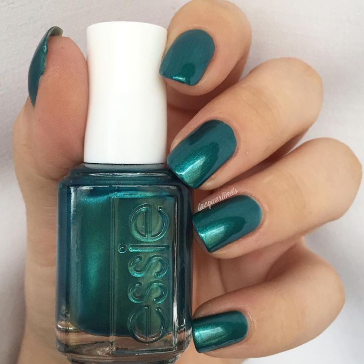 Smart. Gorgeous. Successful. Perfect deep teal pearl polish creates triple threat manicures and pedicures that are to have and to hold forever. Shop essie 'trophy wife': http://www.essie.com/Colors/greens/trophy-wife.aspx