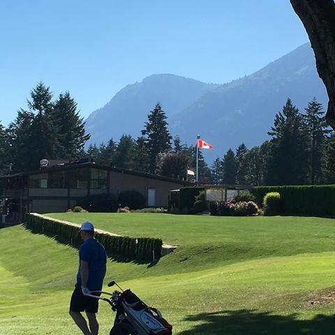 Incredible evening for a game of golf @chilliwackgolfclub #sharechilliwack