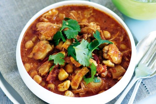 Slow-cooker chicken and chickpea curry main image