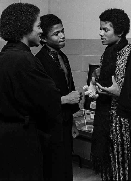 70sbestblackalbums: Marlon, Randy, Michael Jackson