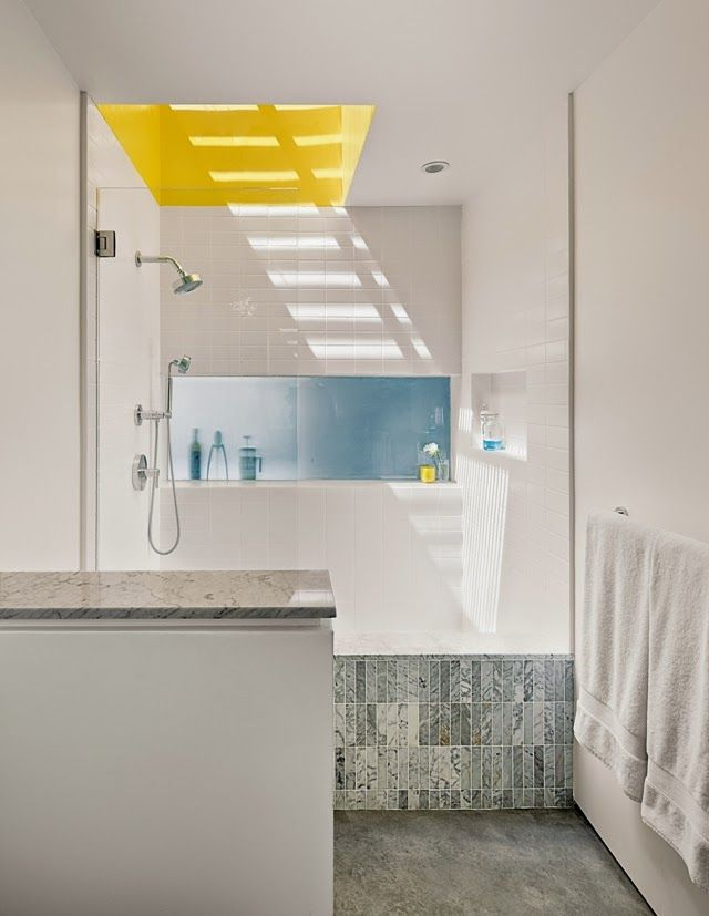 Charlotte Minty Interior Design: A Minimal Home in Venice Beach, California. Gorgeous white modern bathroom with pop of color
