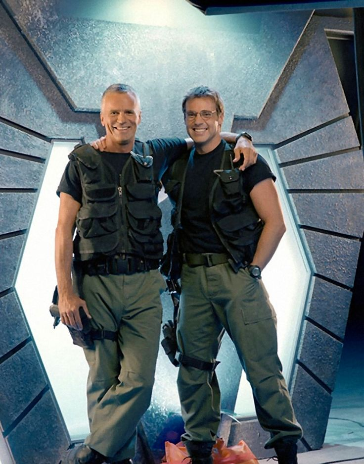 Richard Dean Anderson & Michael Shanks...Col. Jack O'Neill and Dr. Daniel Jackson, my two favorite gaters.
