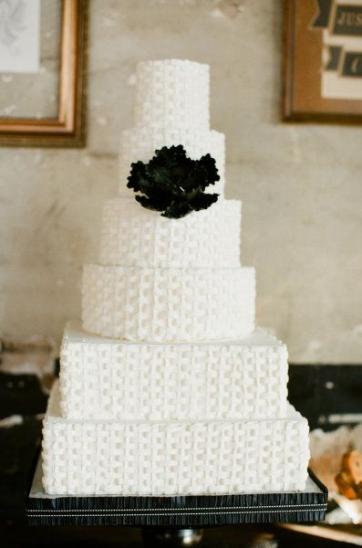 Kansas City Wedding Redo By Alea Lovely Photo Video Wedding Cake Flowers White