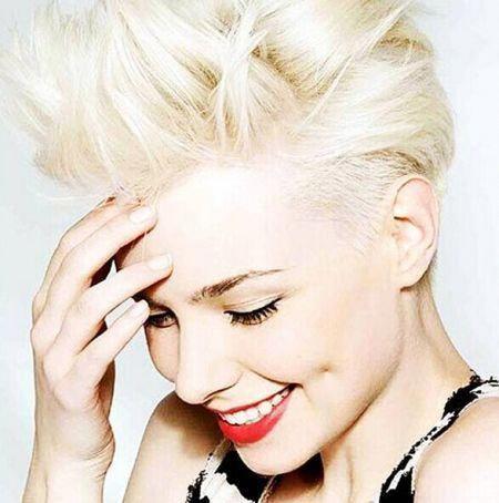 kurze Frisuren blonde Curly #easyhairdos