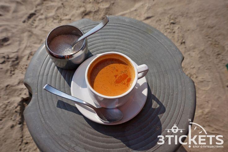 Чай масала: история появления, какая польза для организма и рецепт приготовления http://3-tickets.ru/trip/india/chay-masala.html  Масала чай — визитная карточка Индии. Попробовав его впервые, большинство туристов влюбляются в его терпкий вкус и божественно-пряный аромат. Но мало кто знает, что масала чай — это вовсе не старинный традиционный напиток всех индийцев. На самом деле, напиток этот…