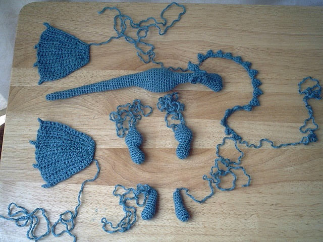 Fierce Little Dragon Amigurumi Pattern : Oltre 1000 idee su Dragon Pattern su Pinterest Drago All ...