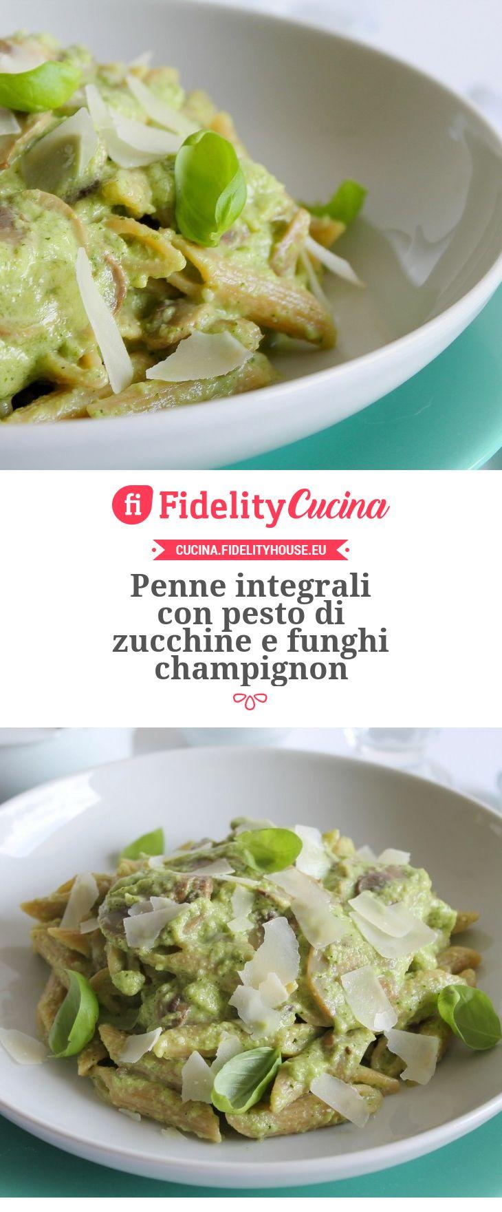 Penne integrali con pesto di zucchine e funghi champignon