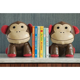Adorable bookends for a young reader's bookshelf