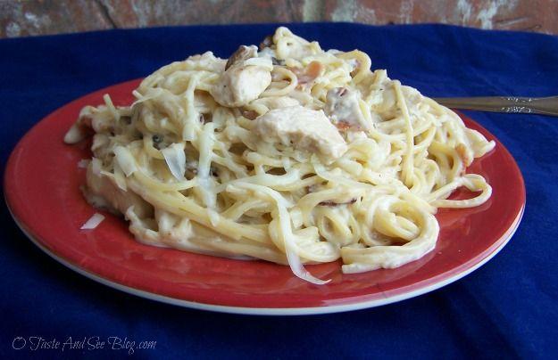 Chicken Mushroom Carbonara with Ragu Alfredo Sauce