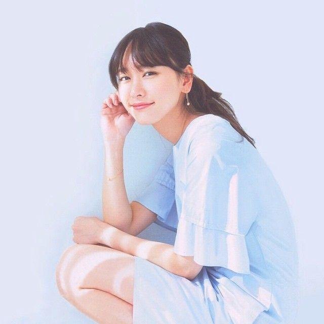 """ayaka on Instagram: """"健康がとりえなのに 見事にみらのの風邪うつった( ; ; ) がんばる!!! #新垣結衣"""""""