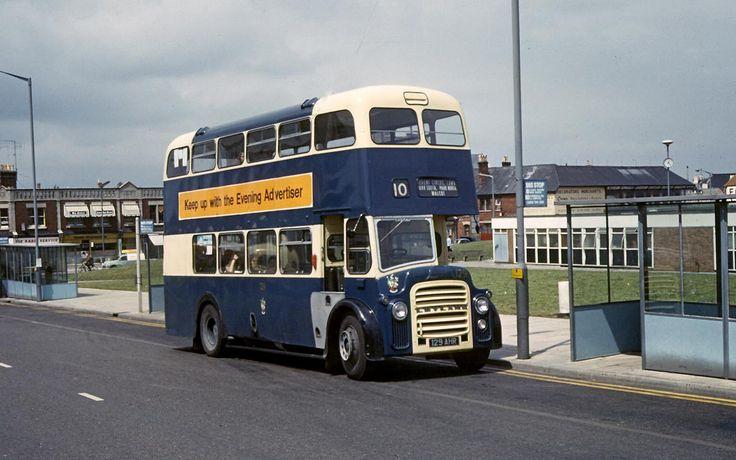 Swindon 129 129AHR   by Cliff Essex