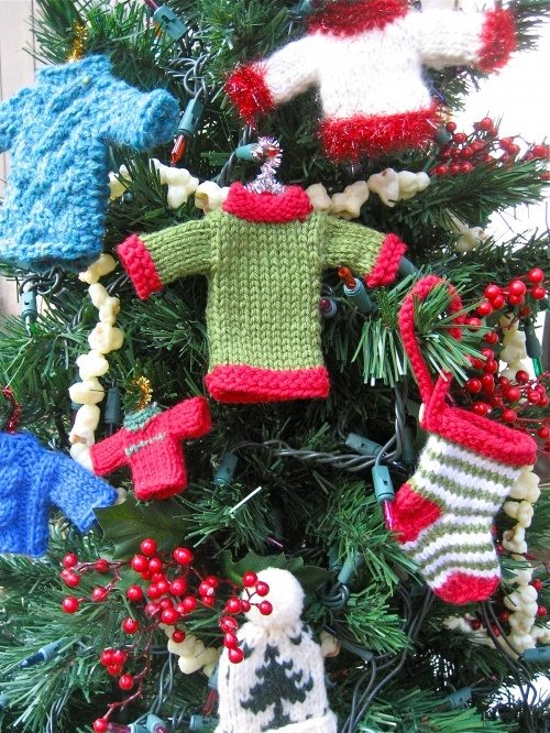 Crochet Pattern Central Christmas Stockings : Knitted ornaments from various pattern sources: Berroco ...