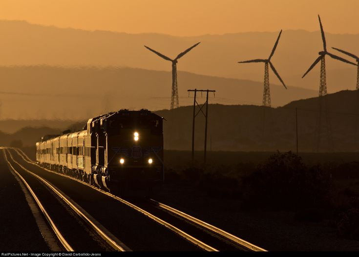 UP 8825 Union Pacific EMD SD70AH at Cabazon, California by David Carballido-Jeans