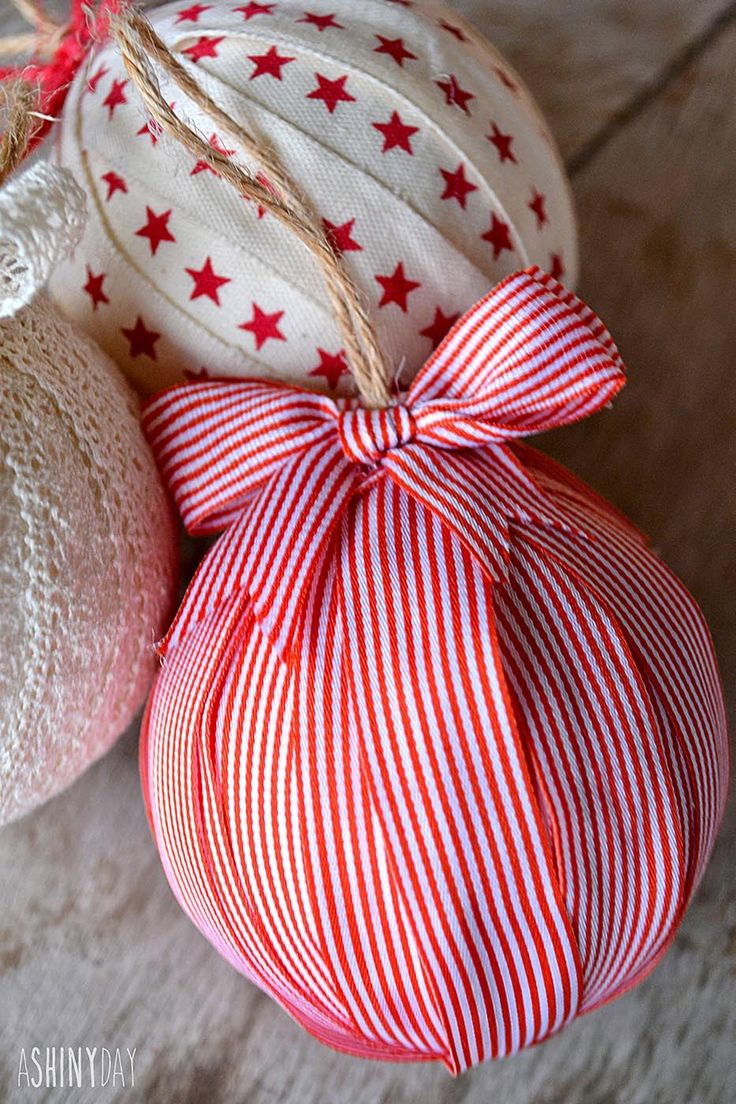 Christmas Ornaments ~ Vintage Palette