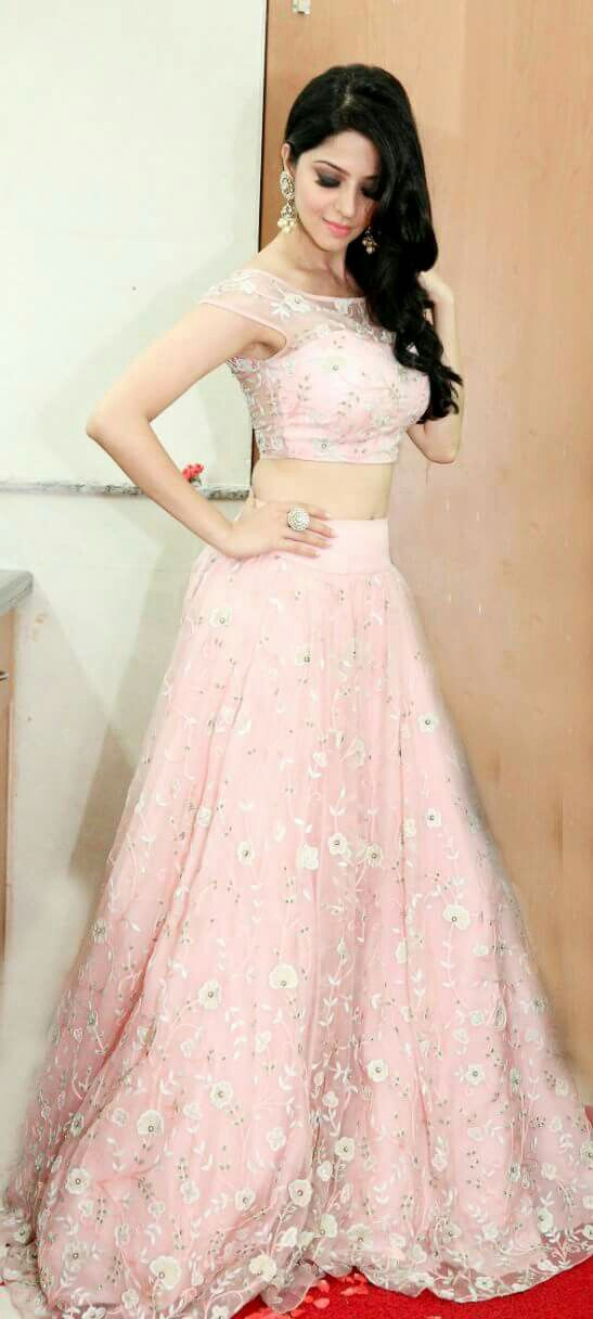 Wearing this beautiful crop top and skirt by MedhaBatra...jewellery by Aquamarine  .Styled by the fab Anisha Gandhi and Rochelle Dsa for #Shivalinga 100 days celebration #Vedhika