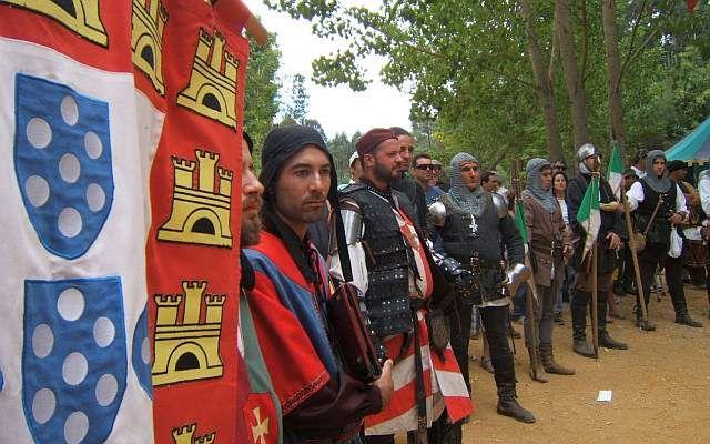 Feira Medieval, nos dias 22 e 23 de junho 2013, no Jardim das Amendoeiras do Palácio dos Aciprestes em Linda-A-Velha, Oeiras   Portugal   Escapadelas ®