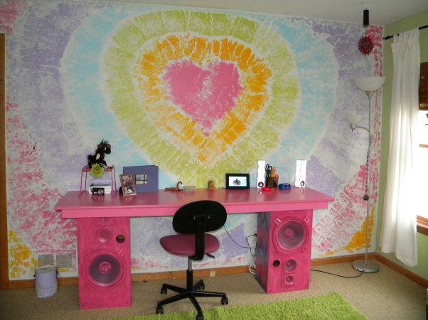 Recycled Teen Girl Tie Dye Room