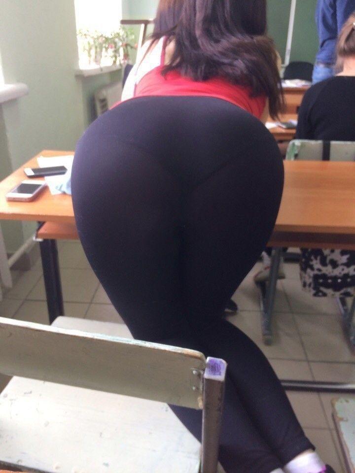 Ebony School Girl Sucking Dick