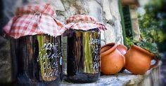 Jede Kultur hat ein besonderes Mittel gegen Verdauungsprobleme. In Kroationen nutzt man die grünen Walnüsse zur Herstellung eines besonders leckeren Likörs! - Bild von Vicki Burton (CC-BY-SA-2.0)
