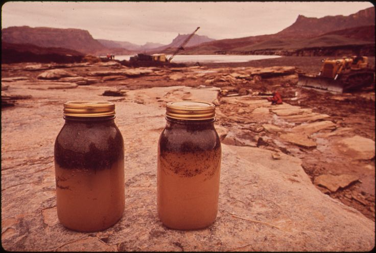 https://flic.kr/p/6P7HuC | In October, 1972, a Pipeline of the Texas - New Mexico Pipeline Company Burst, Releasing 285,000 Gallons of Crude Oil Into the San Juan River, 10/1972 | Original Caption: In October, 1972, a Pipeline of the Texas - New Mexico Pipeline Company Burst, Releasing 285,000 Gallons of Crude Oil Into the San Juan River. The Company Was Responsible for Clean - Up, But 5 Government Agencies Were Also Involved, Under the General Supervision of the Epa. A Log Boom Checked the…