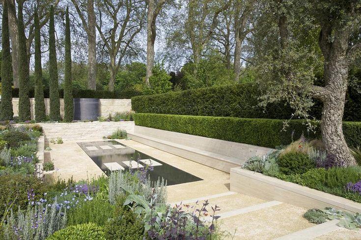 RHS Chelsea Flower Show 2012 - The Arthritis Research UK Garden designed by Tom Hoblyn